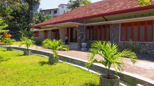 Отель Richmond Hill Villa 0 звёзд Шри-Ланка