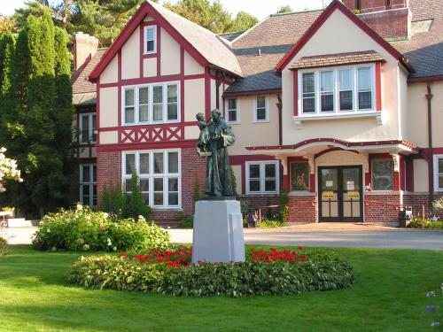 Franciscan Guest House Kennebunk Southern Coast Maine