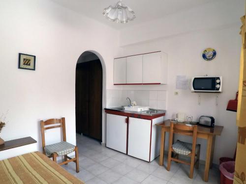 Milos Apartments