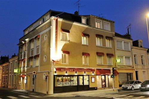 Отель Logis Hotel Le Continental 2 звезды Франция