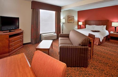 ➦  Hilton Worldwide    (Missouri) customer rating