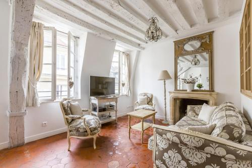 Luxury and Bright Two-Bedroom Apartment Ile Saint-Louis - 0