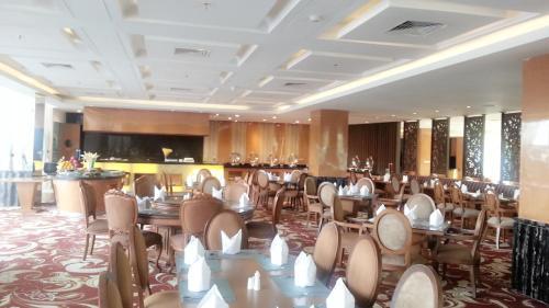 Selyca Mulia Hotel Convention & Shopping Center