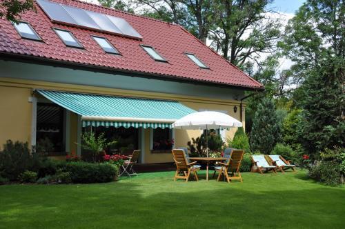 Отель Pensjonat Lipie-Althof 0 звёзд Польша