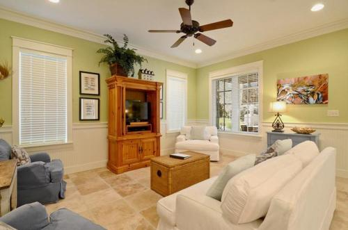 More about Bungalos 2495 at Sandestin