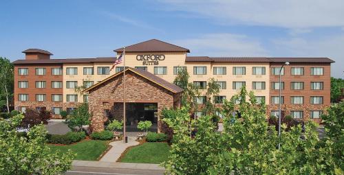 Oxford Suites Chico