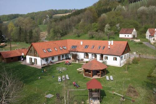 Kürbishof Gartner & Ferienhäuser im Weingarten - Apartment mit 2 Schlafzimmern und Terrasse