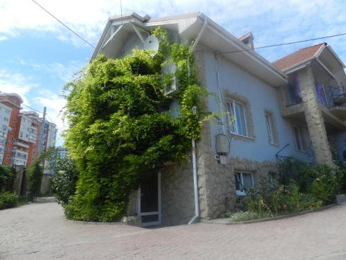 N.Gheorghiu Guest House front view
