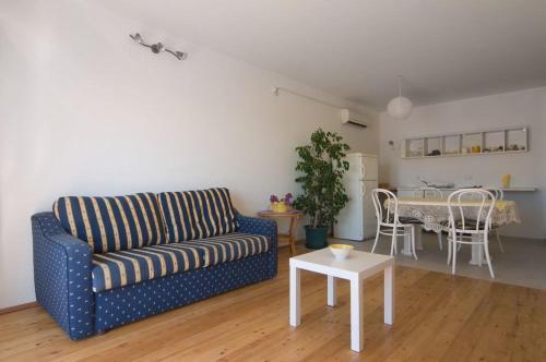 Apartments Aris