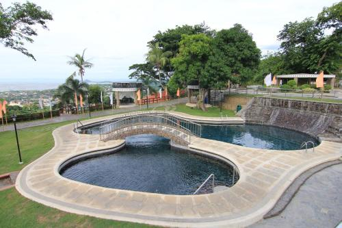 Sun And Wind | Affordable and Nature Surrounded Hotspring Resort - Markeething