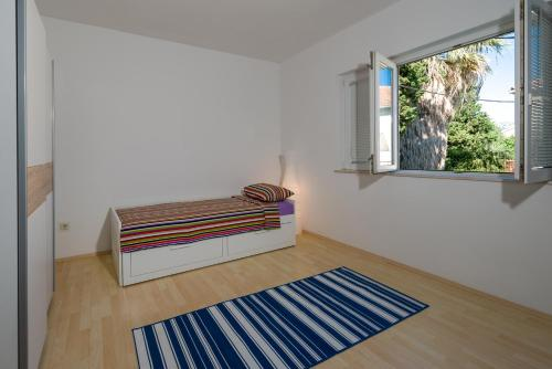 Garden Apartment