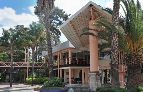 CrestaThapama Hotel, Francistown
