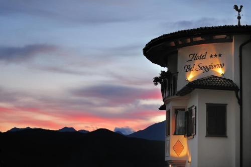 Blumen hotel bel soggiorno 3 malosco for Malosco hotel bel soggiorno