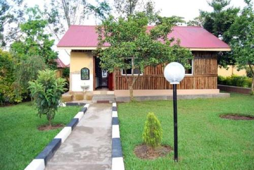 Tourland Cottages Kisoro
