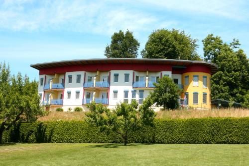 Pension Pirnbacher - Familienzimmer (2 Erwachsene + 1 Kind) mit Balkon