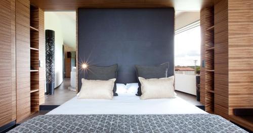 Suite Deluxe Cava & Hotel Mastinell 4