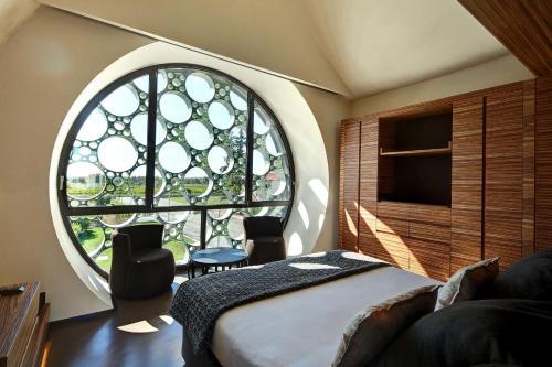 Suite Deluxe Cava & Hotel Mastinell 5