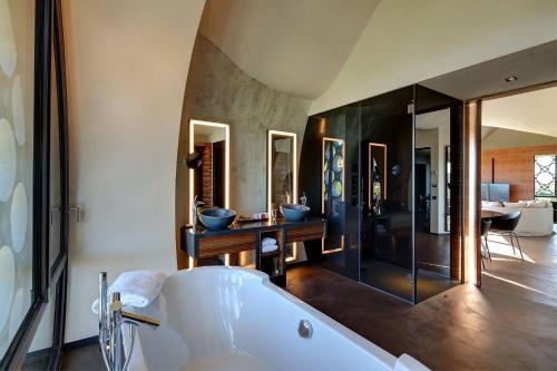 Suite Deluxe Cava & Hotel Mastinell 7