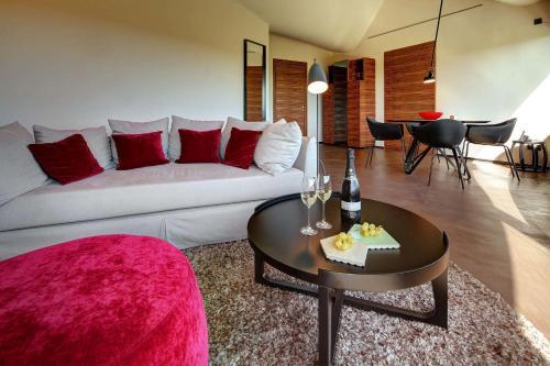 Suite Deluxe Cava & Hotel Mastinell 11