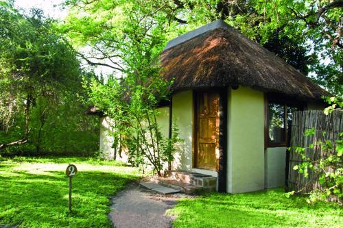 Lianshulu Lodge, Luzibalule