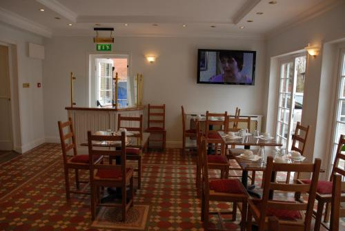 Photo of Balham Lodge Hotel Bed and Breakfast Accommodation in London London