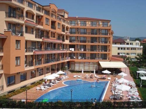 Happy Aparthotel & Spa