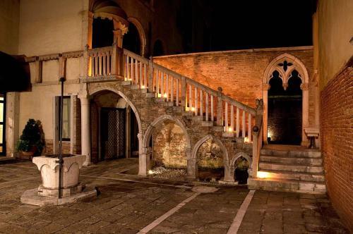 foto Palazzo Contarini Della Porta Di Ferro (Venezia)