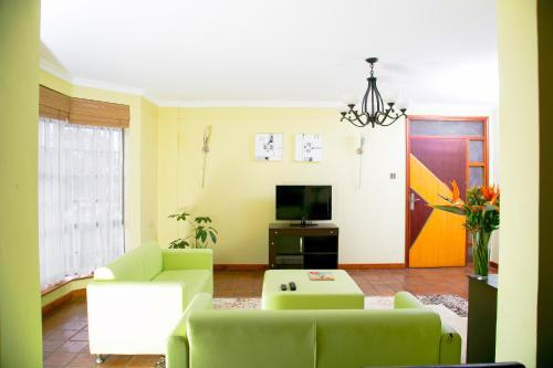 Batians Peak Serviced Apartments