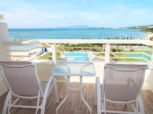 """""""Sheraton Okinawa Sunmarina Resort Deluxe Room""""的图片搜索结果"""