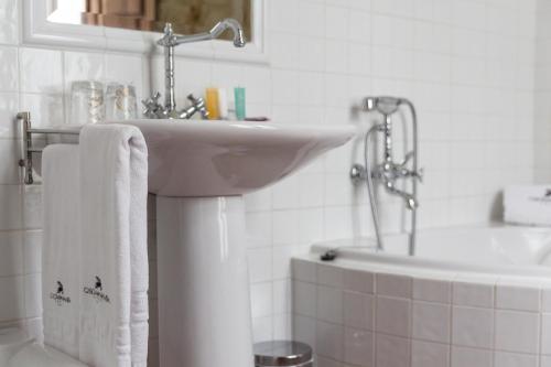 Habitación Doble con bañera de hidromasaje Casona del Nansa 9