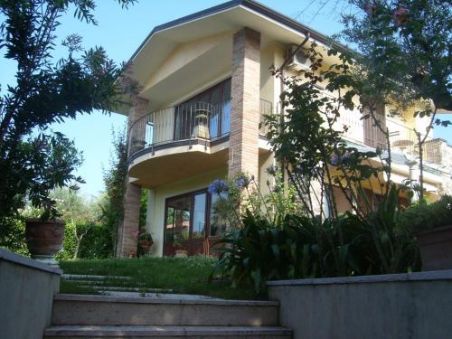 foto Villa Sinatra (Soiano del Lago)
