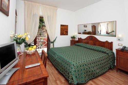 Отель La Magnolia Sorrento 0 звёзд Италия