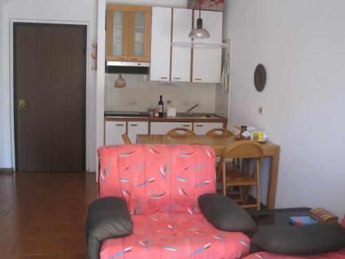 A-HOTEL.com - Terrazza Paradiso, Casa vacanze, Castiglione d'Intelvi ...