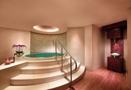 Grand Hyatt Residence photo 18