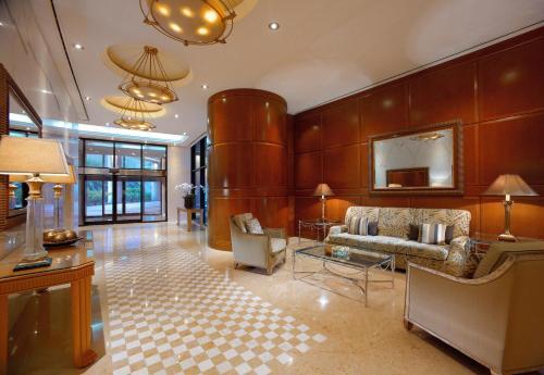 Grand Hyatt Residence photo 15