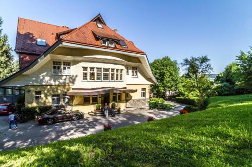 hotel villa elben weil am rhein germany overview. Black Bedroom Furniture Sets. Home Design Ideas