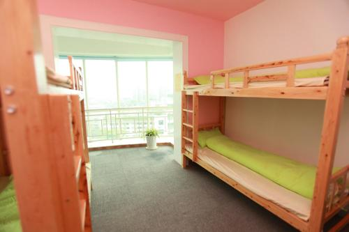 Seng i 6-sengers sovesal for kvinner (Mainland Chinese Citizens - Bed in 6-Bed Female Dormitory Room)