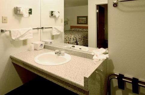 Americas Best Value Inn Longmont
