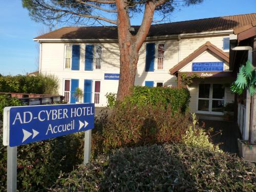 Ad Cyber-Hôtel