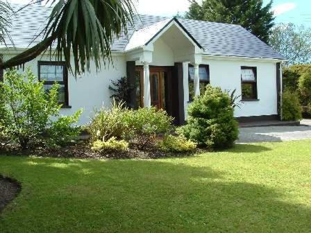 Photo of Shortcliff House Bed and Breakfast Hotel Bed and Breakfast Accommodation in Milltown Kerry