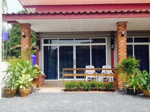 Отель Lanta Fasia House 0 звёзд Таиланд