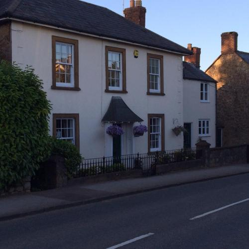Woodview Guesthouse