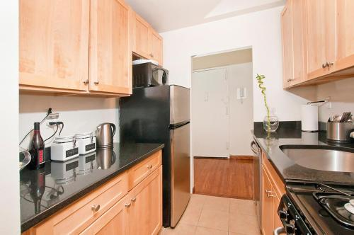 Madison Avenue Luxury Two Bedroom Apartments Next To Times Square Long Island City New York