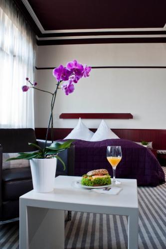 Отель Hotel Neuer Karlshof 0 звёзд Германия