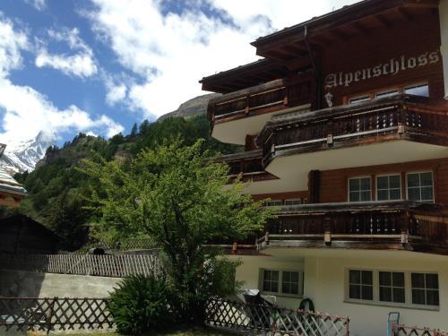 Haus Alpenschloss, Zermatt