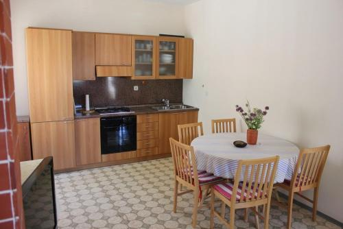 Apartments Zdravka Pisak