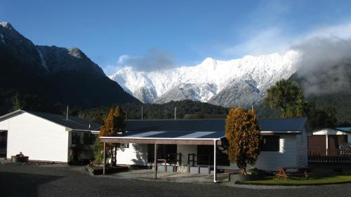 Picture of Lake Matheson Motel