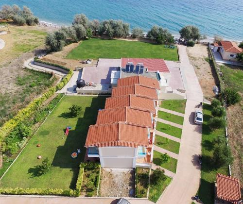 Christopoulos Villas