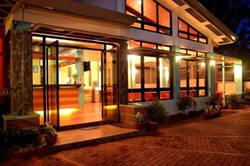 Отель Julieta's Pension House 3 звезды Филиппины