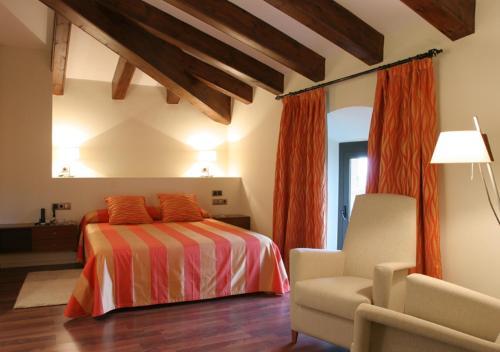 Habitación Doble Superior Hotel Castell de l'Oliver 1